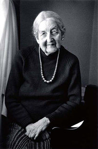 Dr Miriam Hyde